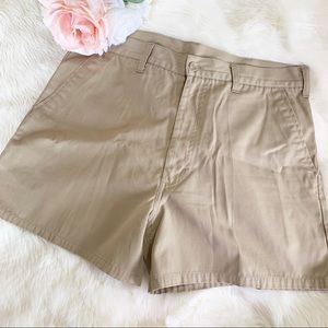 VINTAGE Levi's Khaki shorts high waisted